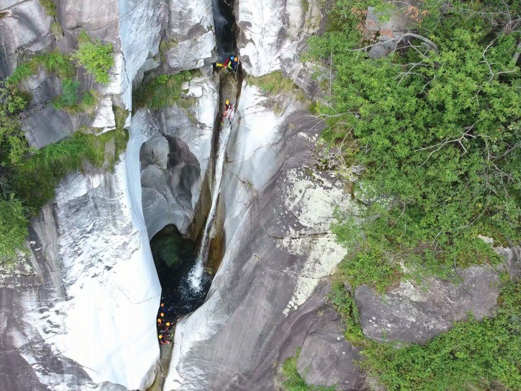 Canyoning Tour im Tessin in der Boggera