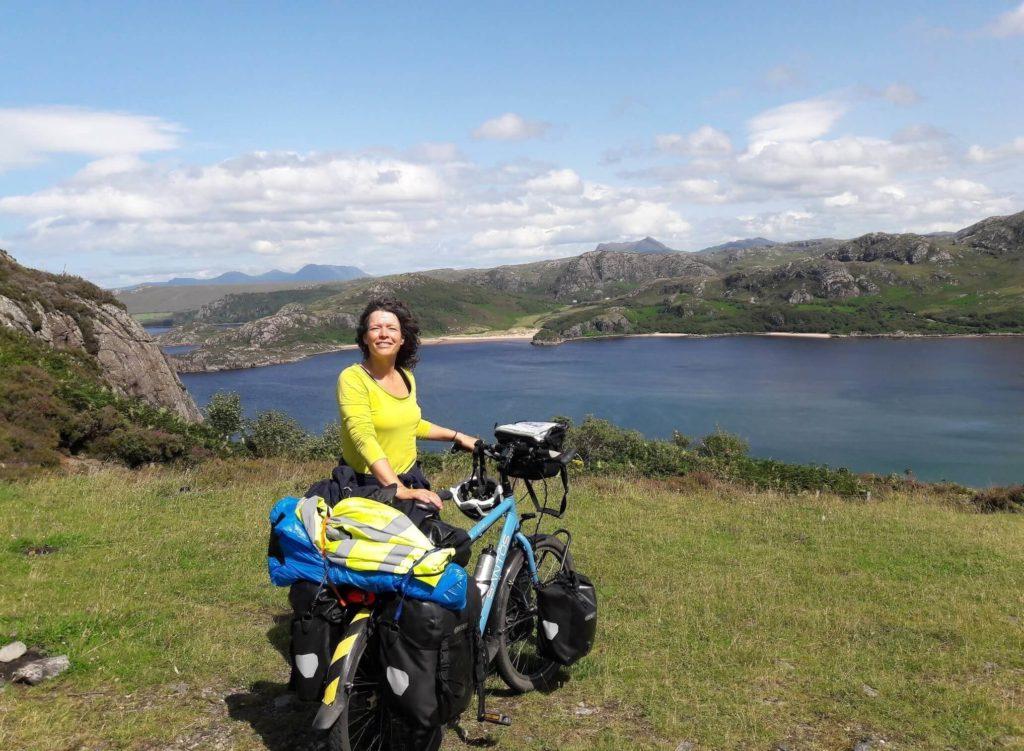 Cecile auf Bikepacking Reise